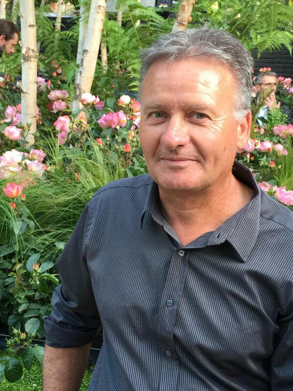 Jérôme Râteau, Roses anciennes André Ève, baptême de la rose Lambert Wilson, jardin éphémère de Truffaut, Jardins Jardin aux Tuileries, Paris 1er (75)