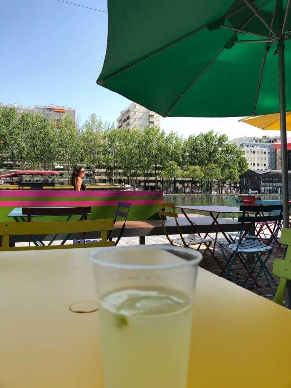 Citronnade sur le bord du Bassin de la Villette, Paris Plages, Paris 19e (75)