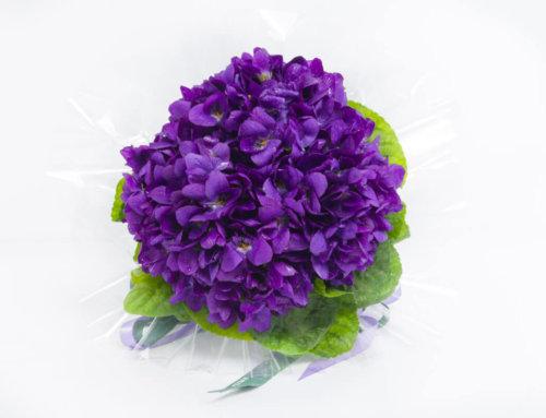 Un gros bouquet de violettes Lachaume pour la Saint-Valentin