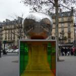 Oeuvre d'art contemporain dans Paris